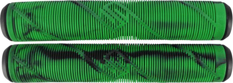 STRIKER Logo Grips Black/Green - Scootergriffe