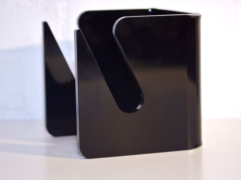 BOARDS ON WALLS Cube Black - Board Wandhalter